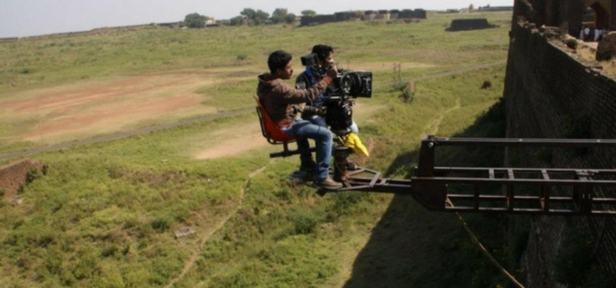 South film industry mulls shutdown