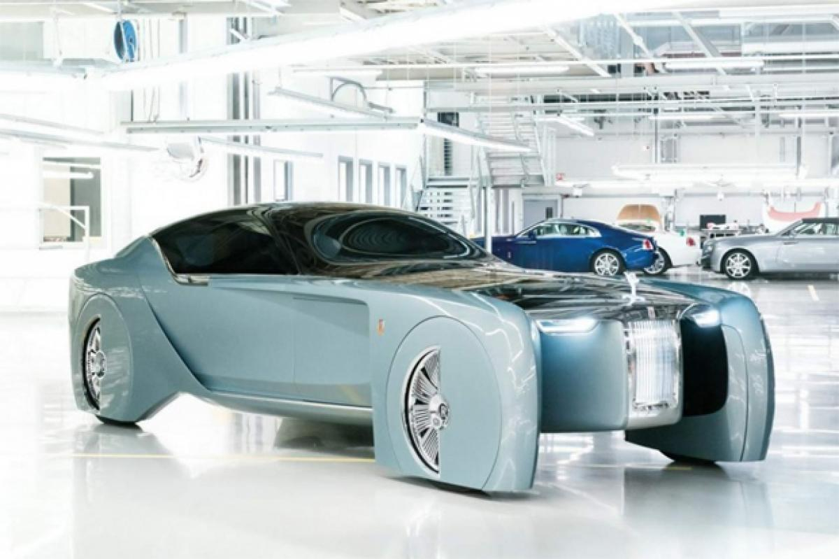 BMW marks a century with Rolls Royce VISION NEXT 100