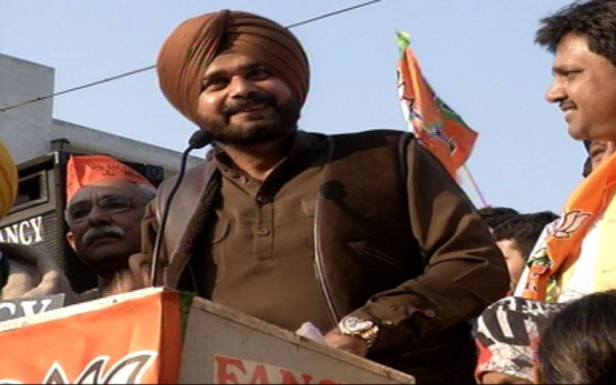 Sidhus absence may cost BJP dear in Punjab elections