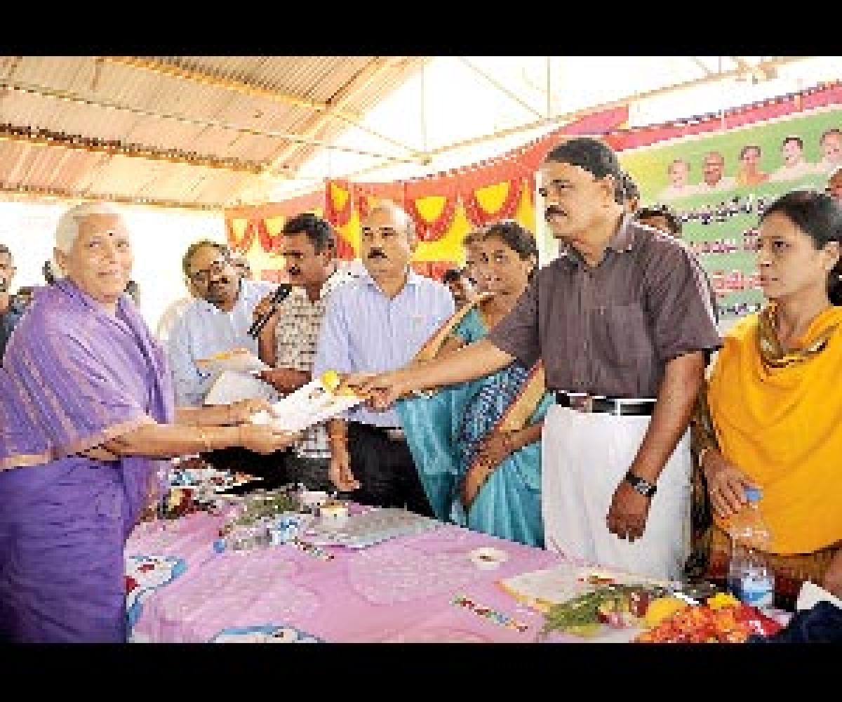 Priority to ryots' welfare: Palle