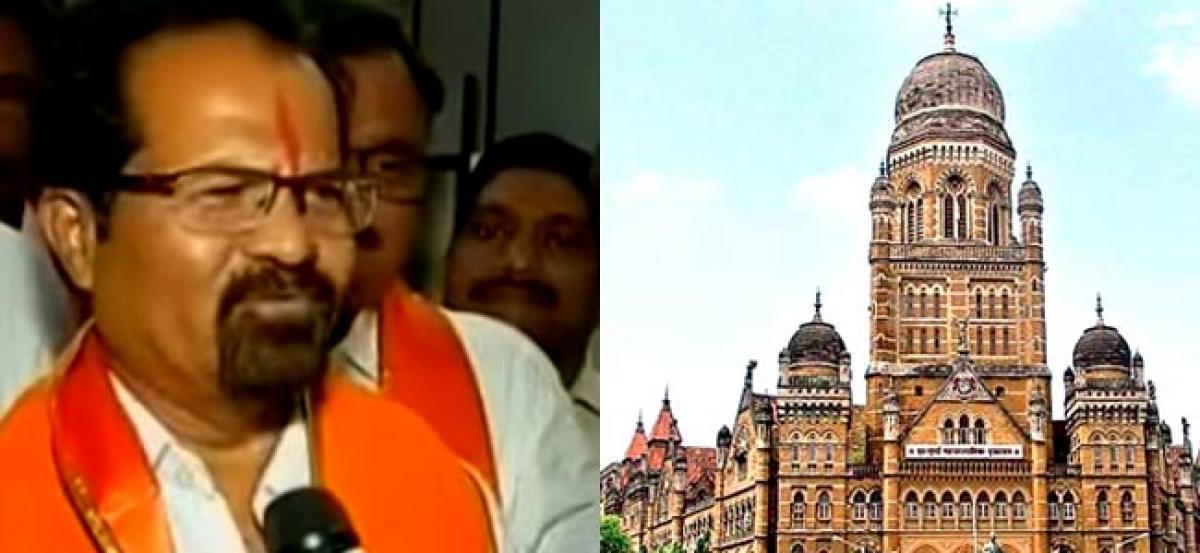 Vishwanath Mahadeshwar elected as new Mumbai mayor as BJP extends support to Shiv Sena
