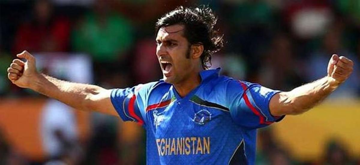 Afghan cricketer Shapoor Zadran attacked by gunmen