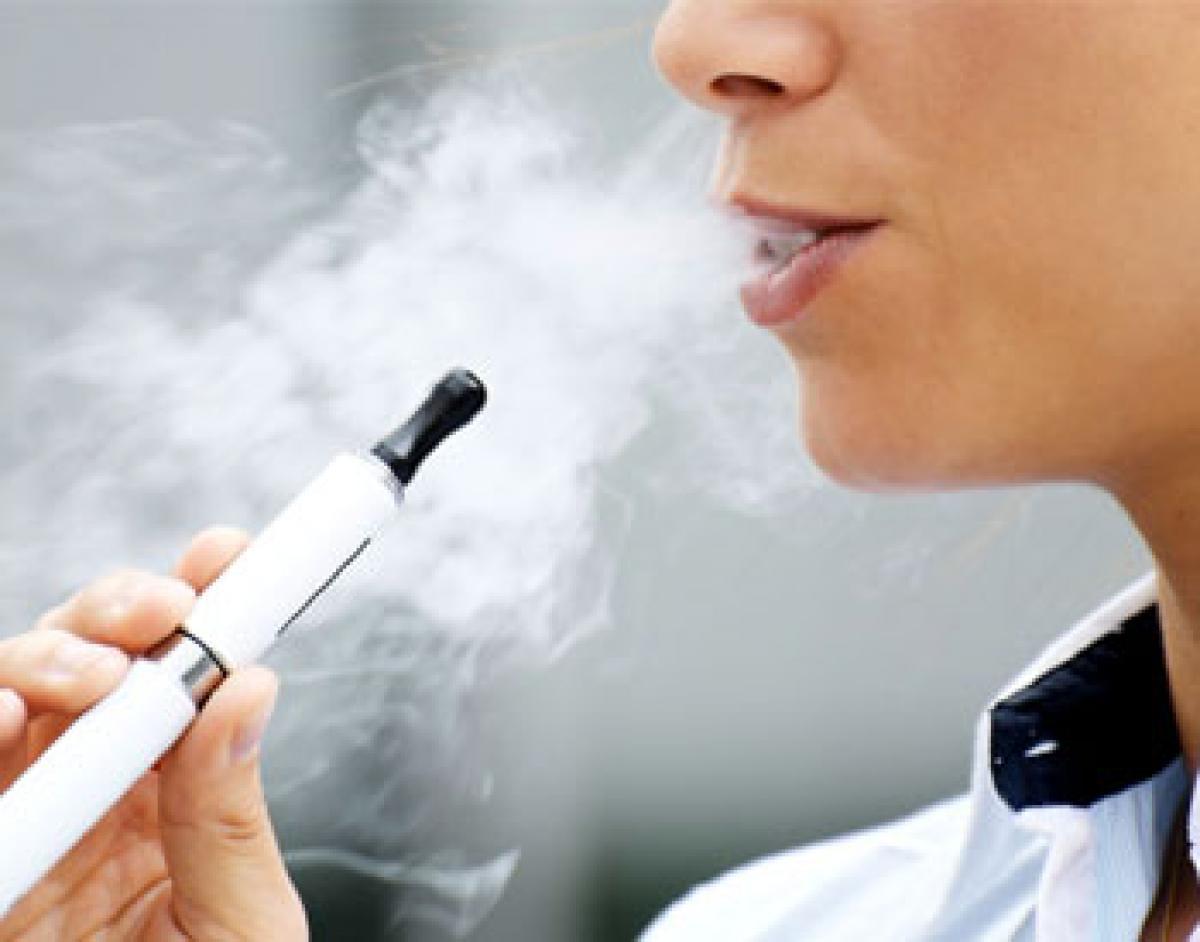 US docs want stronger  regulations of e-cigarettes