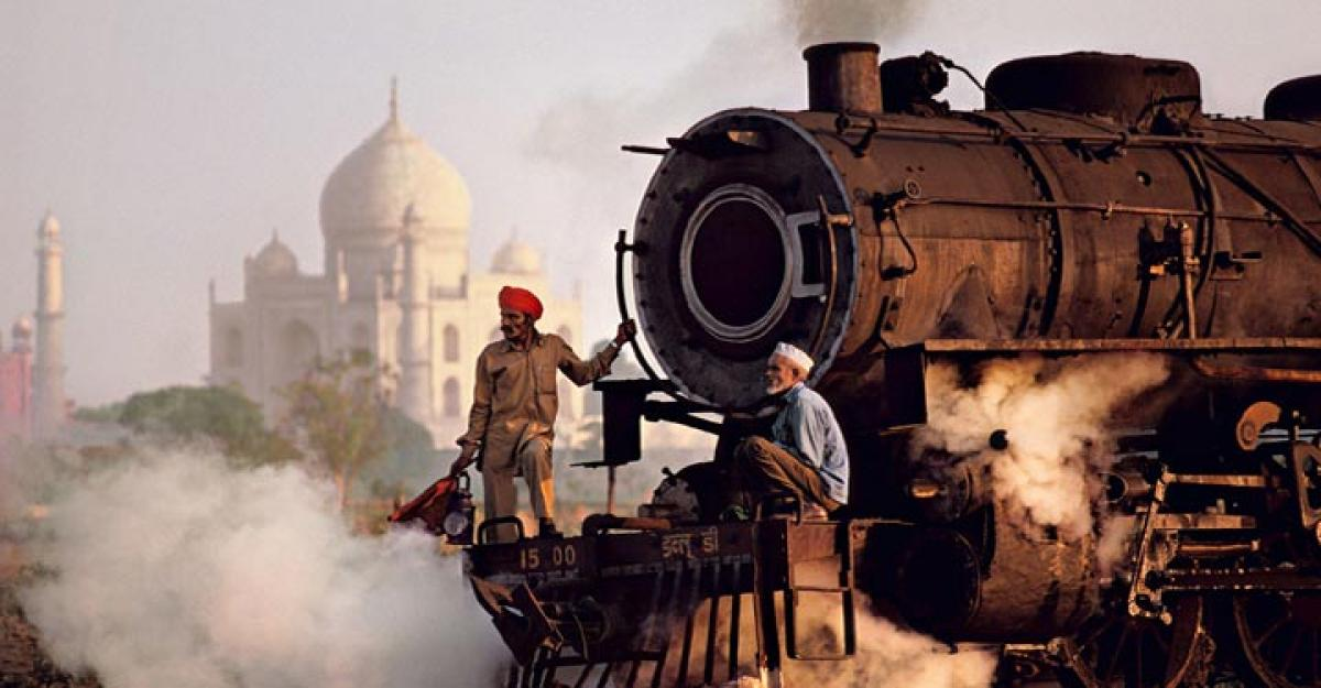 Secularism makes India great: Steve McCurry