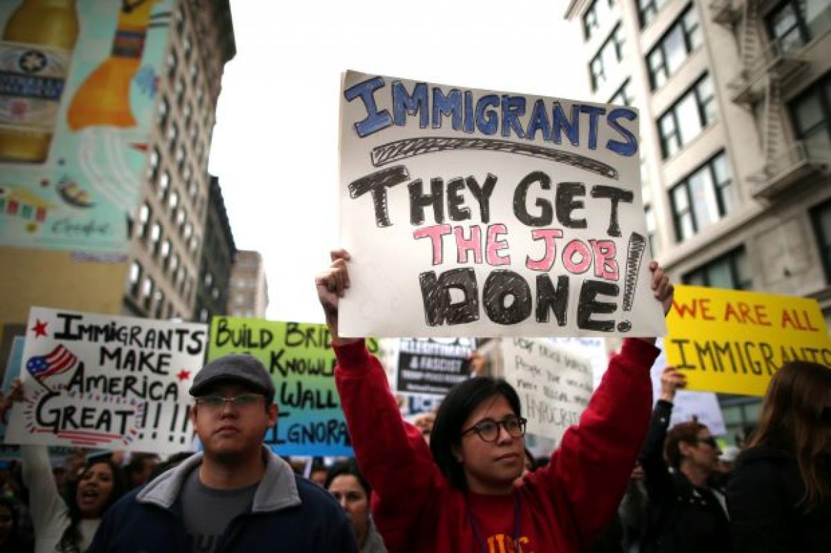 Trump admin drafts plan to raise asylum bar, speed deportations