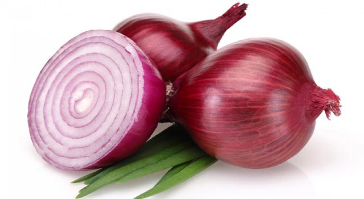 Keep onion handy for skin benefits