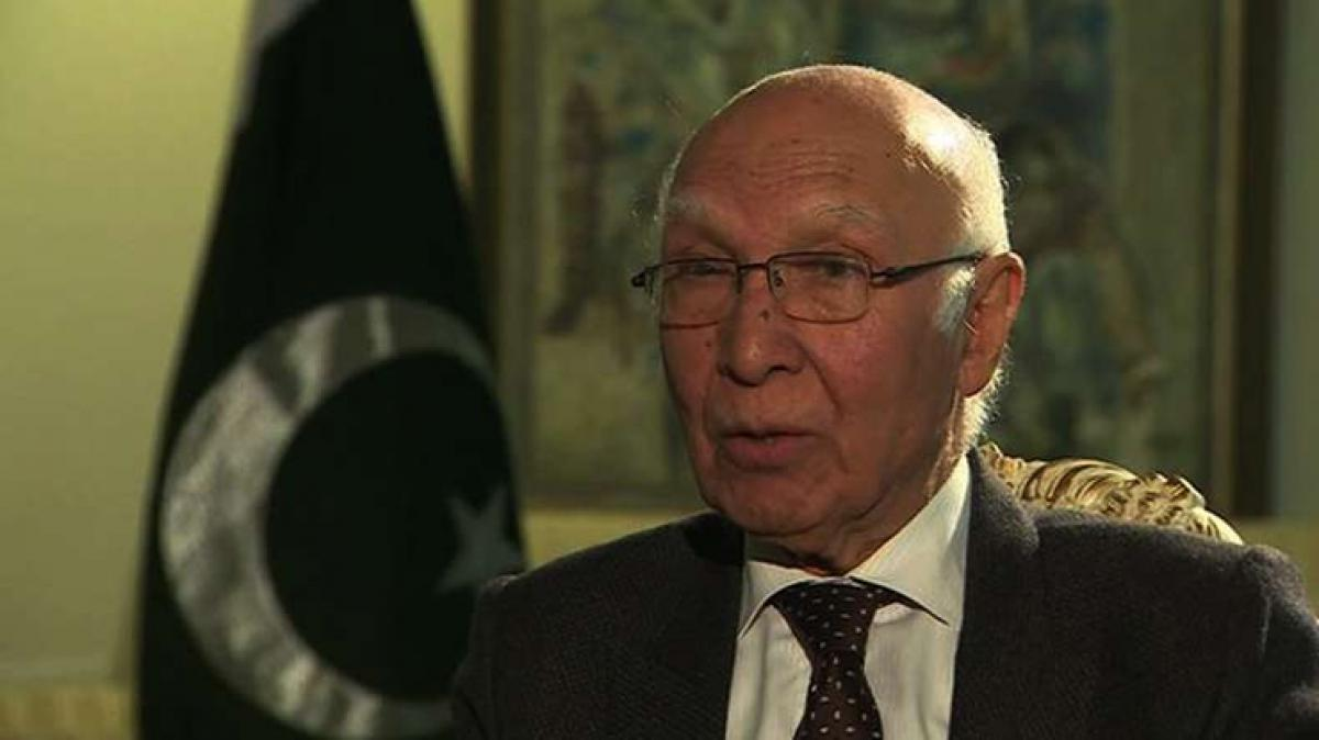 Sartaj Aziz to visit India on August 23