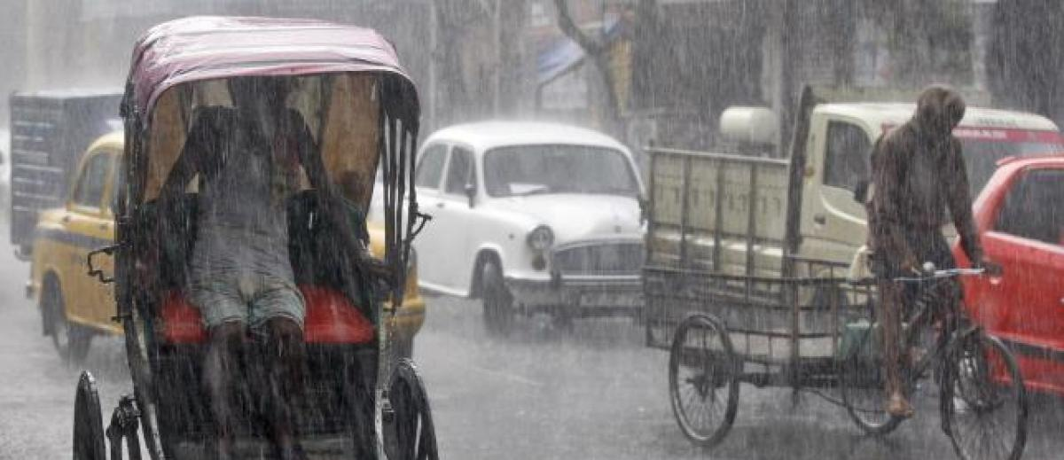 Monsoon covers entire India ahead of schedule - weather office