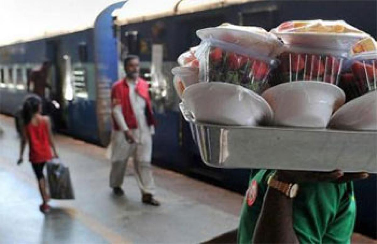 SHGs to provide food on trains