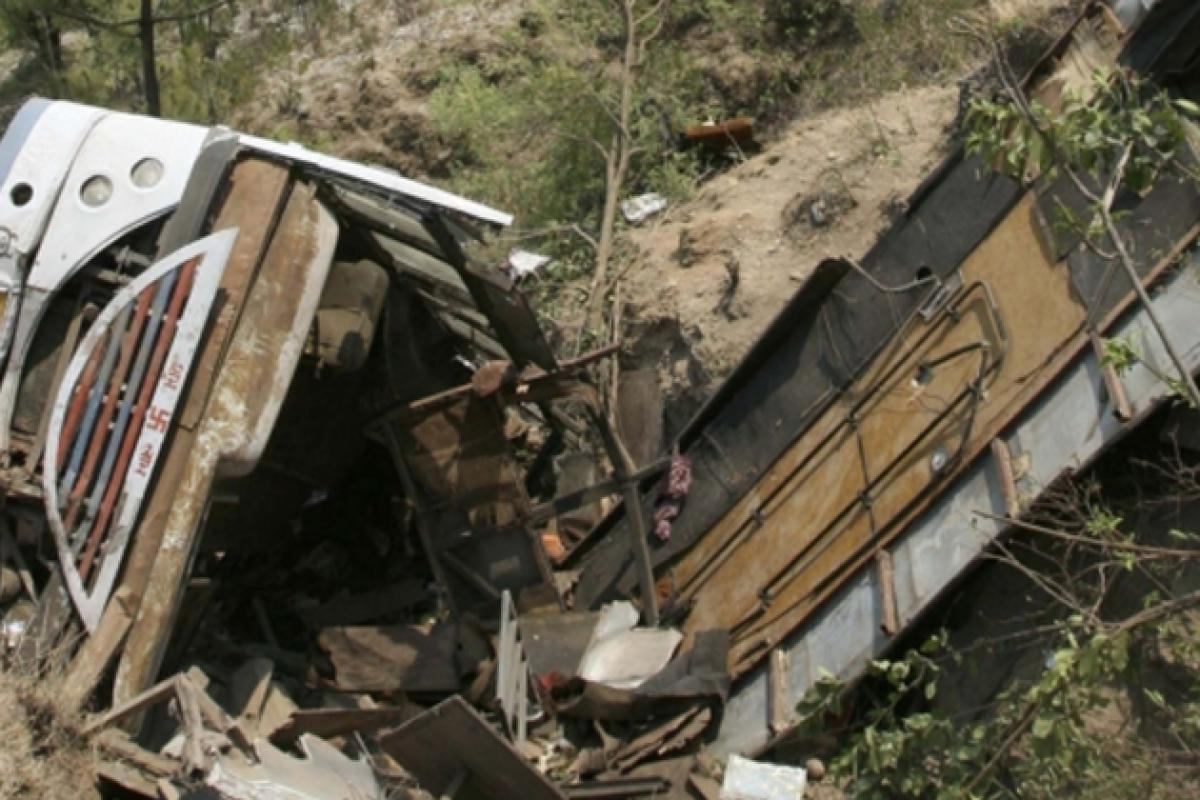 Assam: Two killed, 25 injured in truck-bus collision