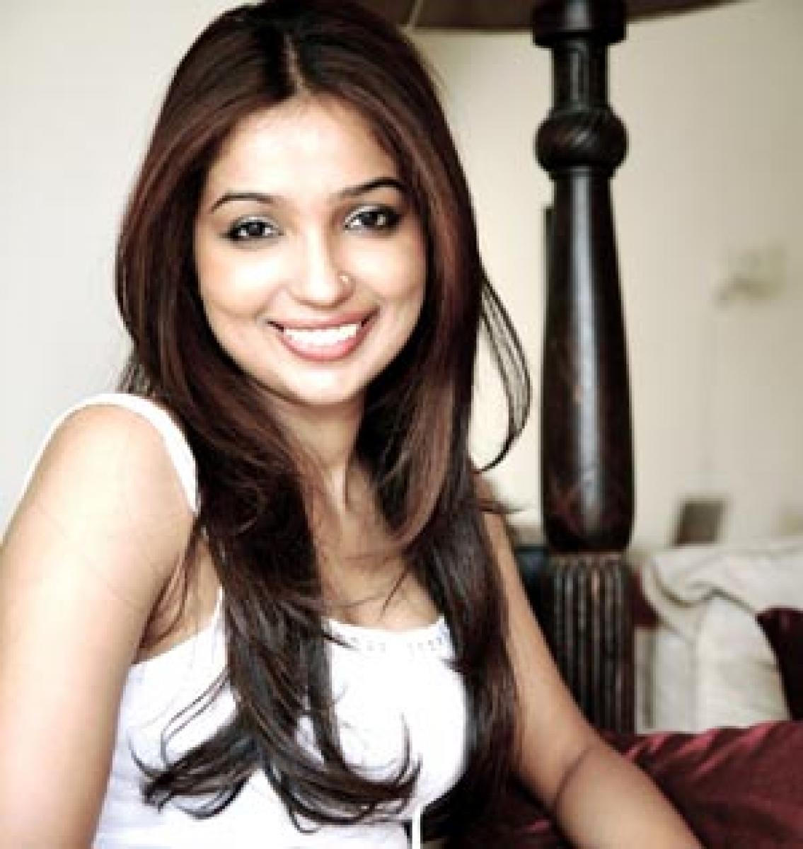 Kanika pens Ayushmann's film