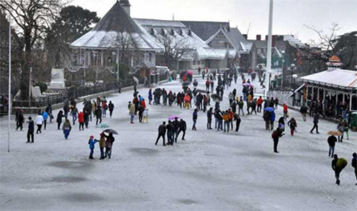 Temperature dips in Himachal after rain, snow