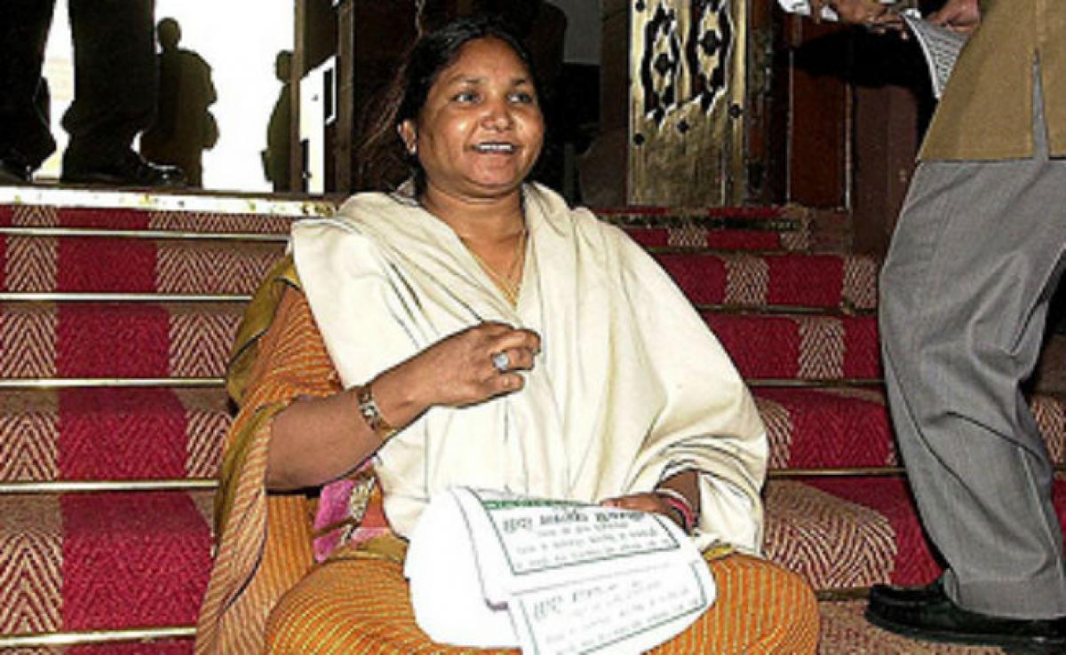 Uttar Pradesh Elections 2017: Phoolan Devis Husband Joins Congress