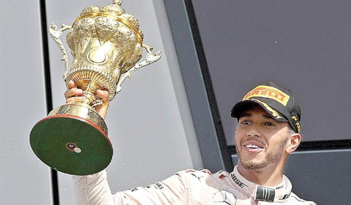 Hamilton wins British Grand Prix