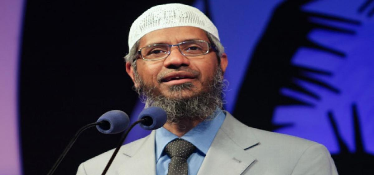Delhi  HC asks Centre to submit report on Zakir Naik's IRF ban