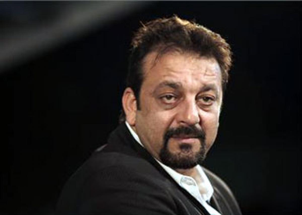 Why did Sanjay Dutt give Manish Malhotras show a miss