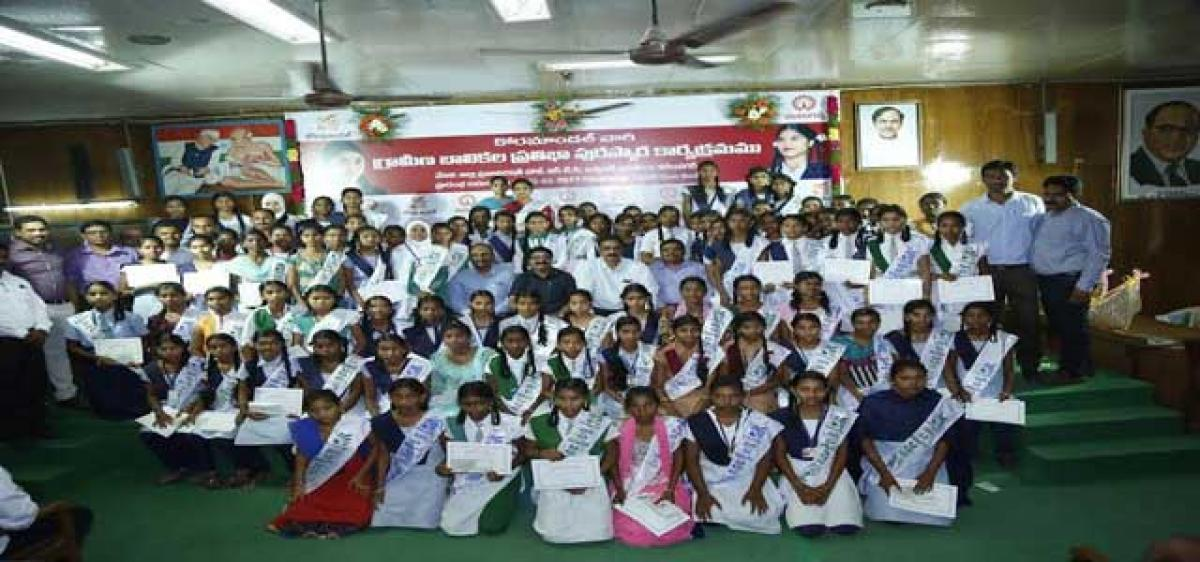 Encourage girl students for a strong society: Karimnagar ZP Chairperson