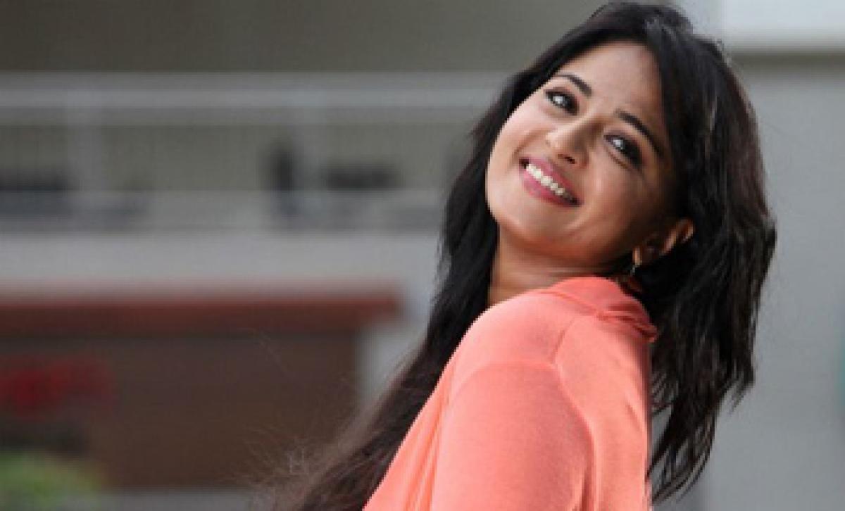 Anushka clocks 11 years in film industry
