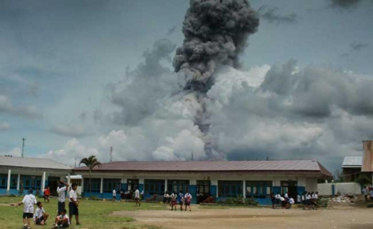 Indonesian Volcano In Fresh Eruptions