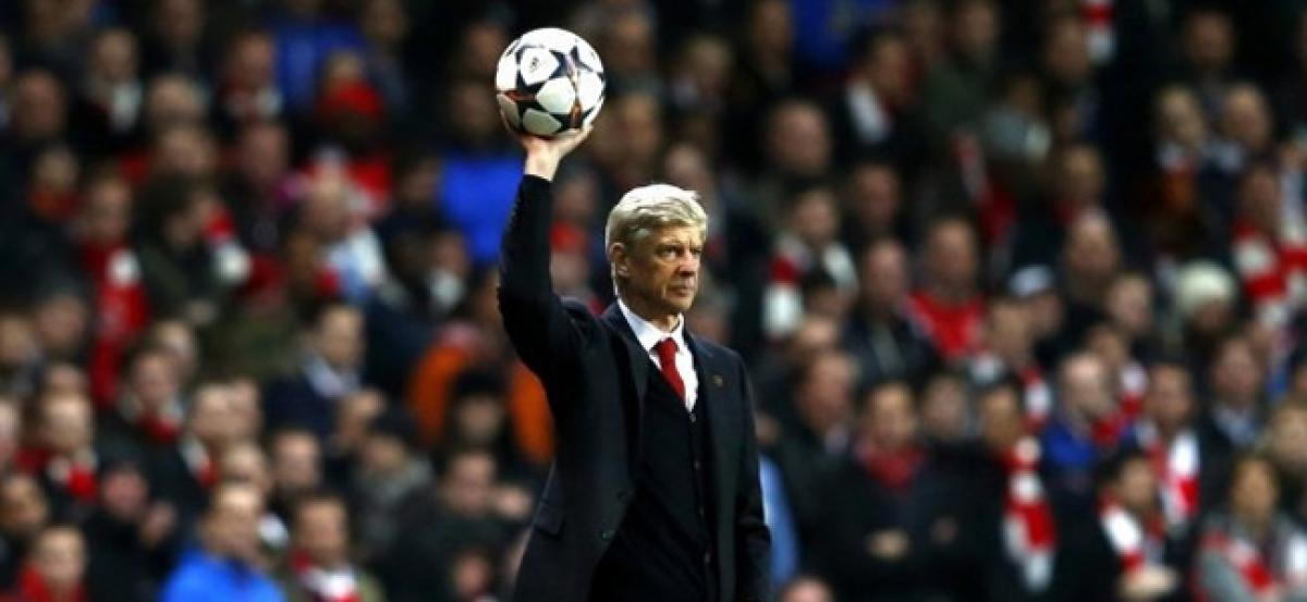 Arsenal FC, Wenger strengthened the spine of the team but needs to be more proactive