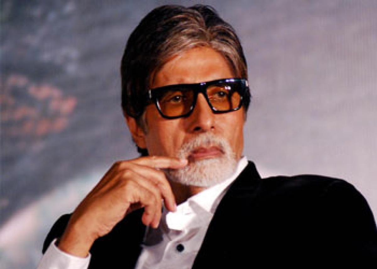 Big B, Sania Mirza urge fans to support EarthHour2016