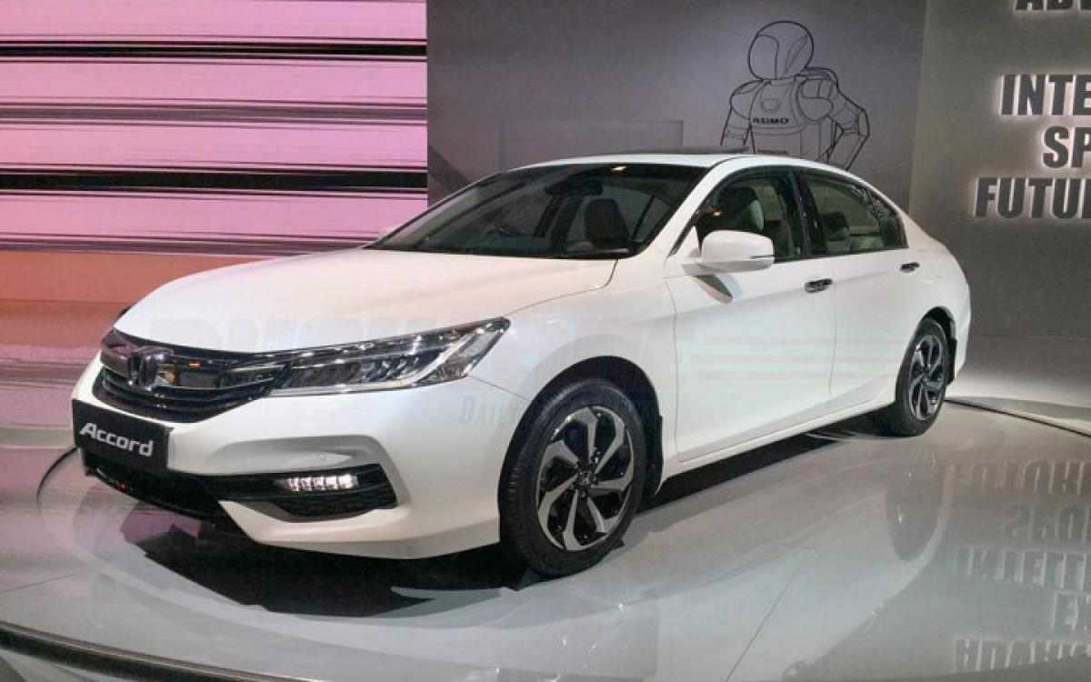 New Honda Accord features price in India Auto Expo 2016