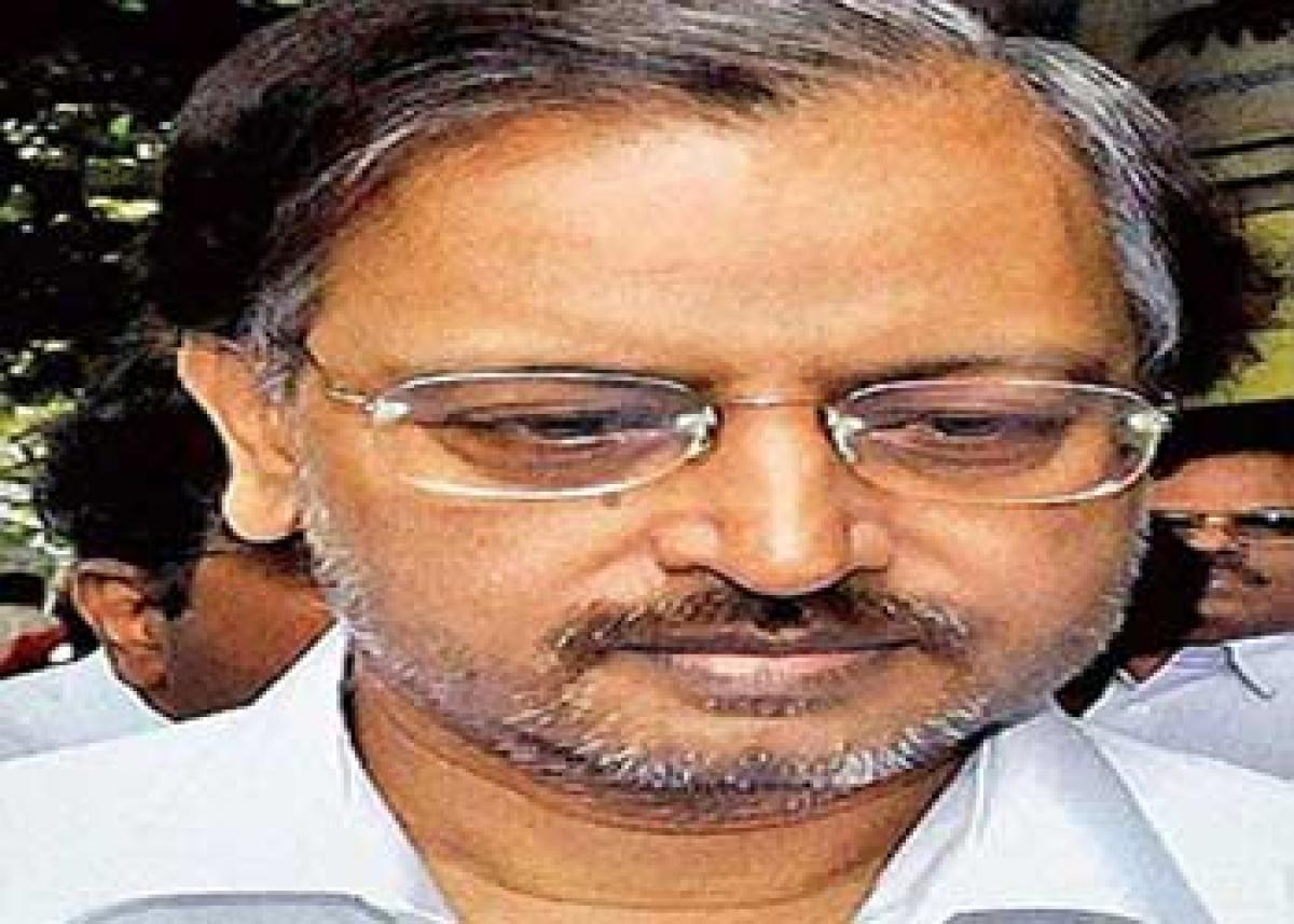 Trading members asked to ban Satyam Rajus for 7 yrs