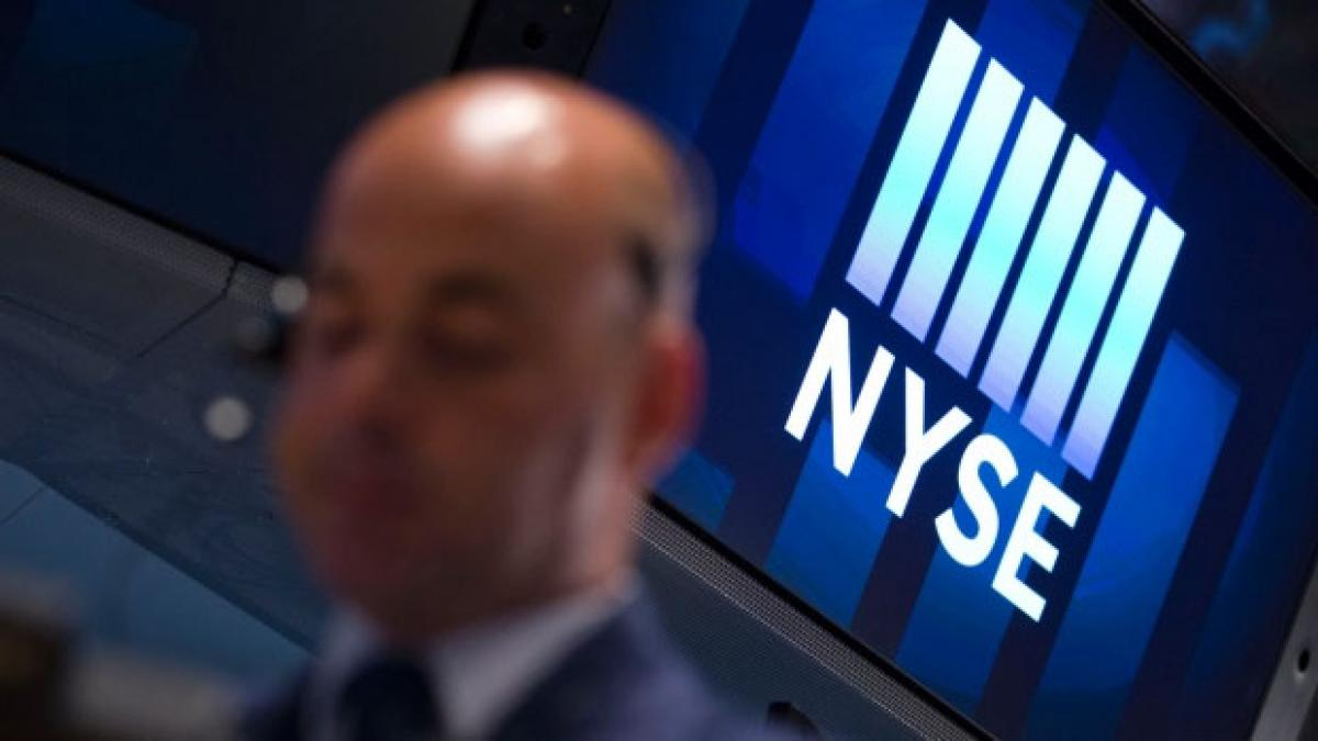 Technical glitches halts NYSE trading