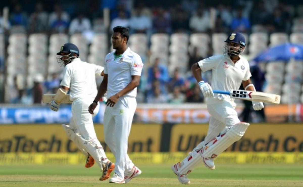 Vijay inches towards century, India post 206/2 at Tea