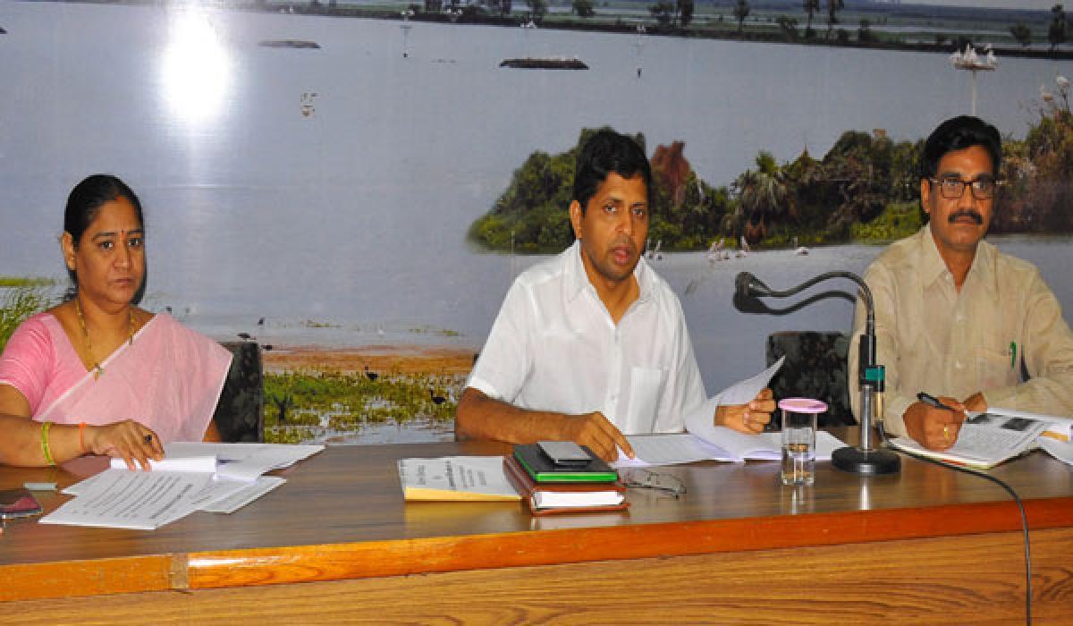 West Godavari Collector wants compulsory sports meets in all govt schools