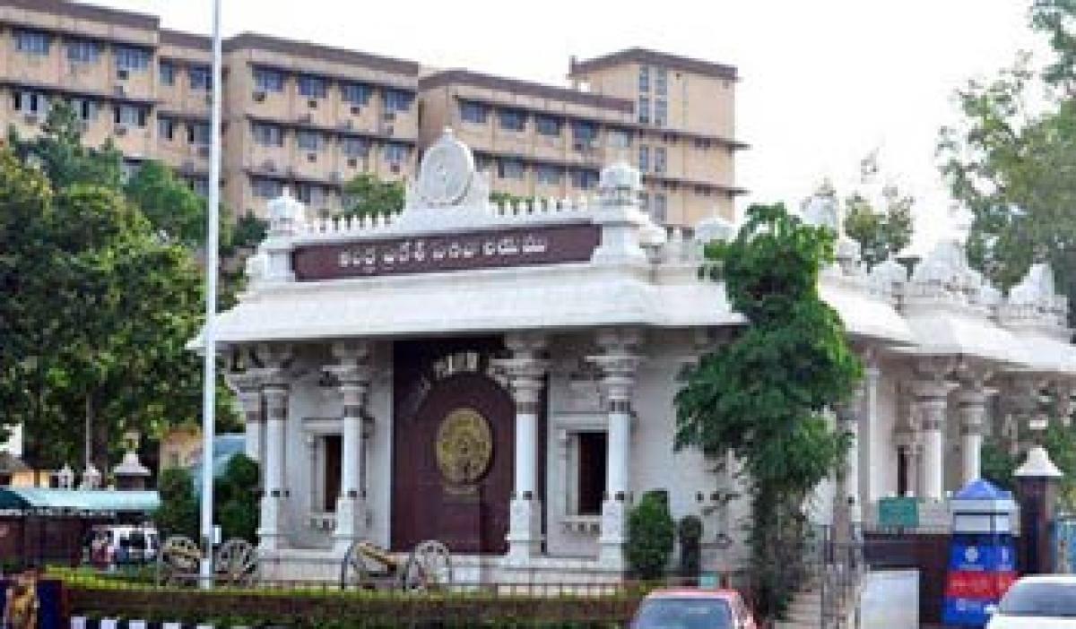 KCR drops plan to shift Secretariat?