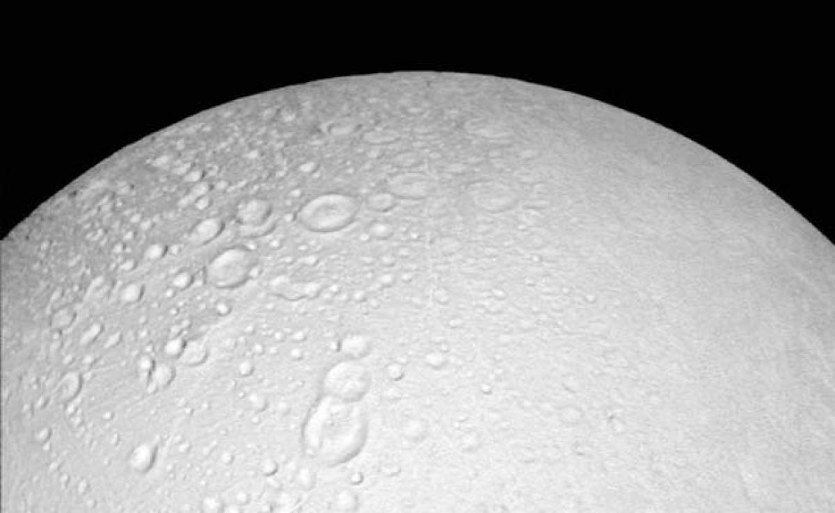 Hydrogen In Saturn Moon