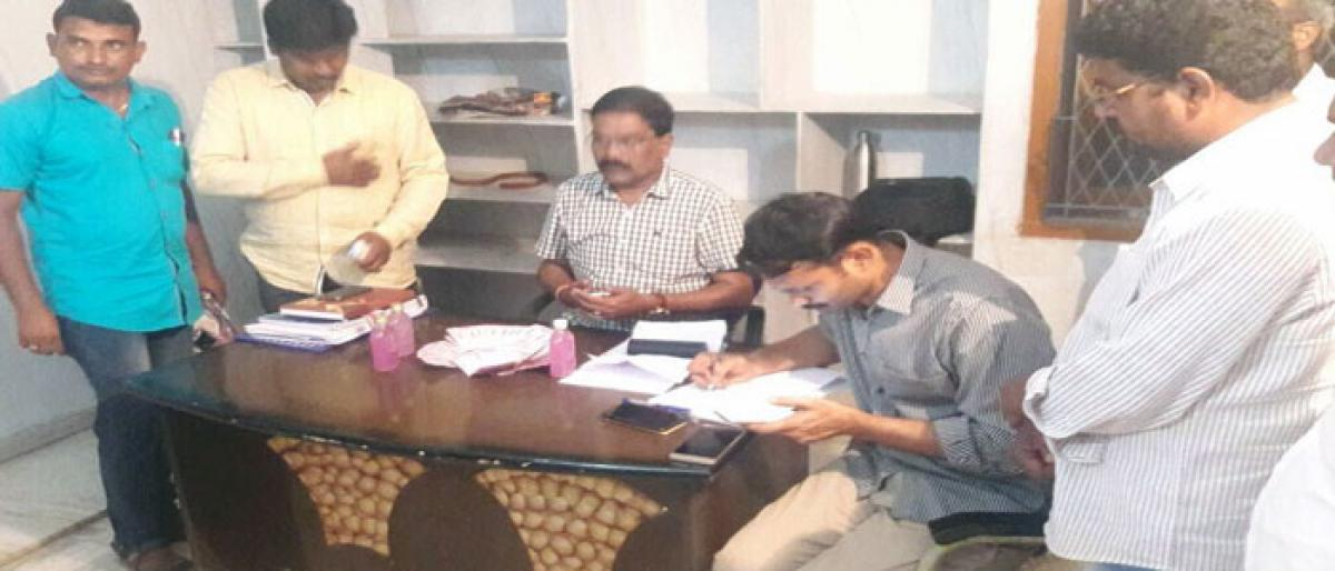 ACB traps Irrigation official