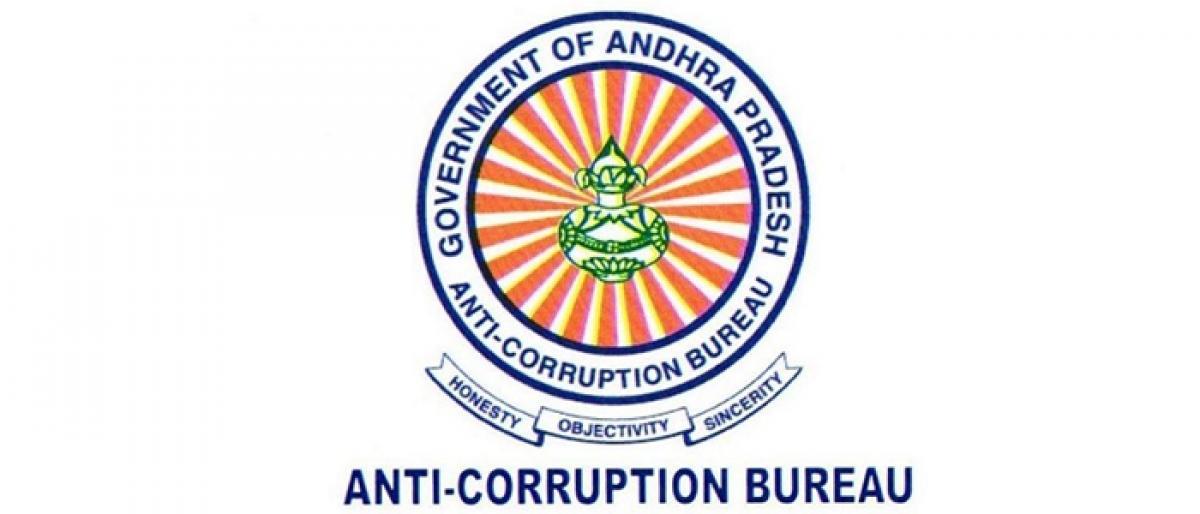 ACB staff take no-corruption pledge