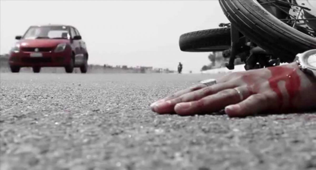 Two dead, two injured as motorcycle skids