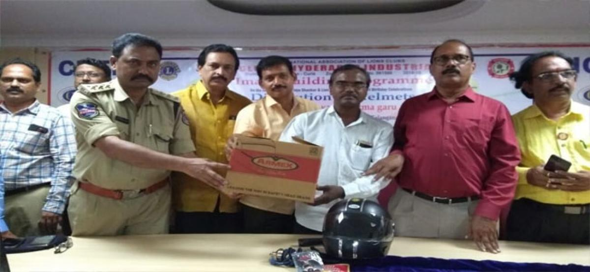 ACP distributes helmets to scribes