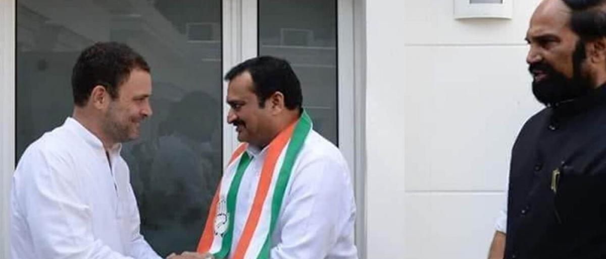 Can win Telangana, shun differences: Rahul