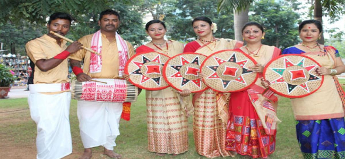 Assam fete holds people in thrall