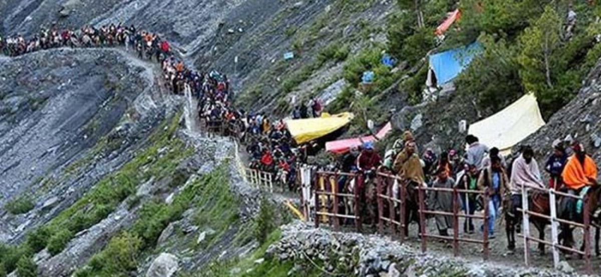 Amarnath Yatra resumes from Jammu, over 6,000 pilgrims on way to Kashmir
