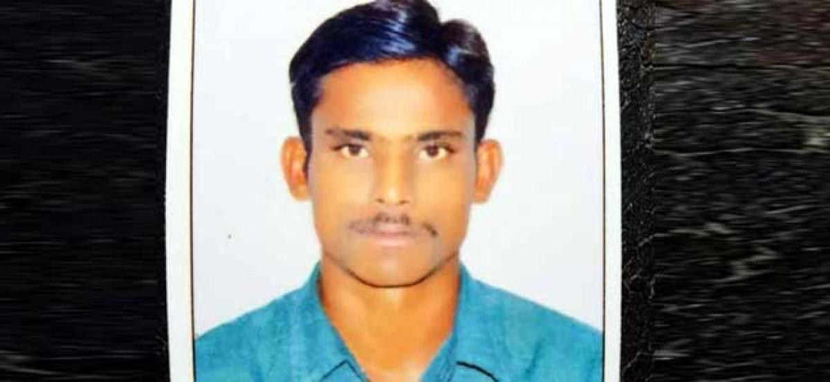 Man drowns in Ambedkarnagar lake; body fished out