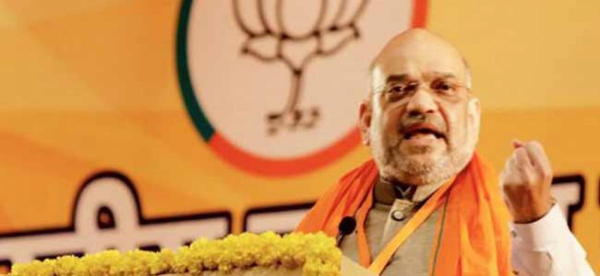 """Show account of work done by 4 generations"": Amit Shah to Rahul"