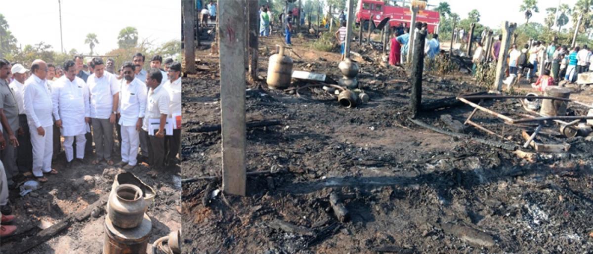 134 rendered homeless in fire at Konthamuru in Rajahmundry