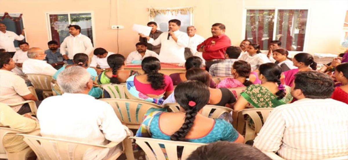 MLA advises BCs to avail of loans