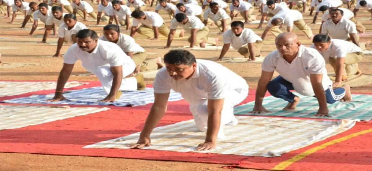 Yoga should be performed daily for 30 mts: Bhagawath