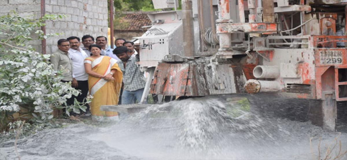 Repaired borewell brings respite to Roshan Dowla Colony locals