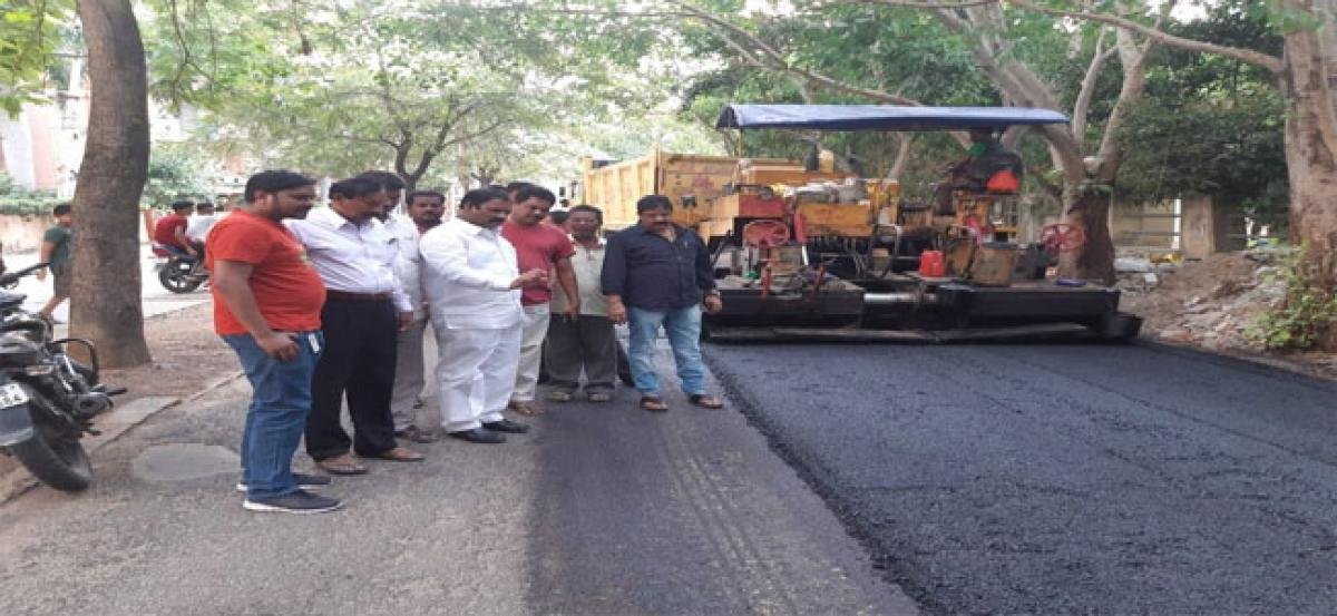 Corporator inspects BT road works
