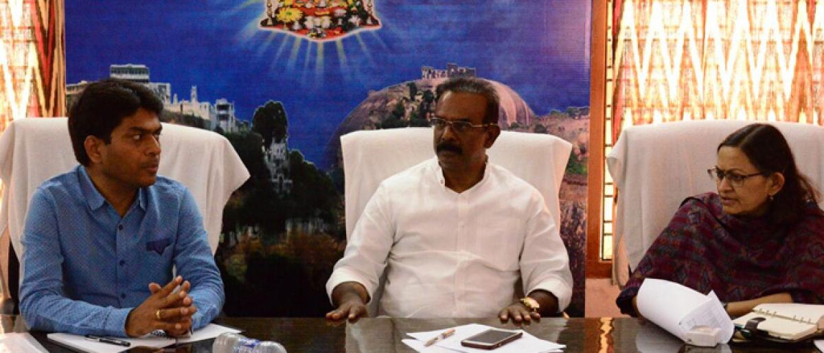 Bhongir MP asks officials to complete MPLADS works