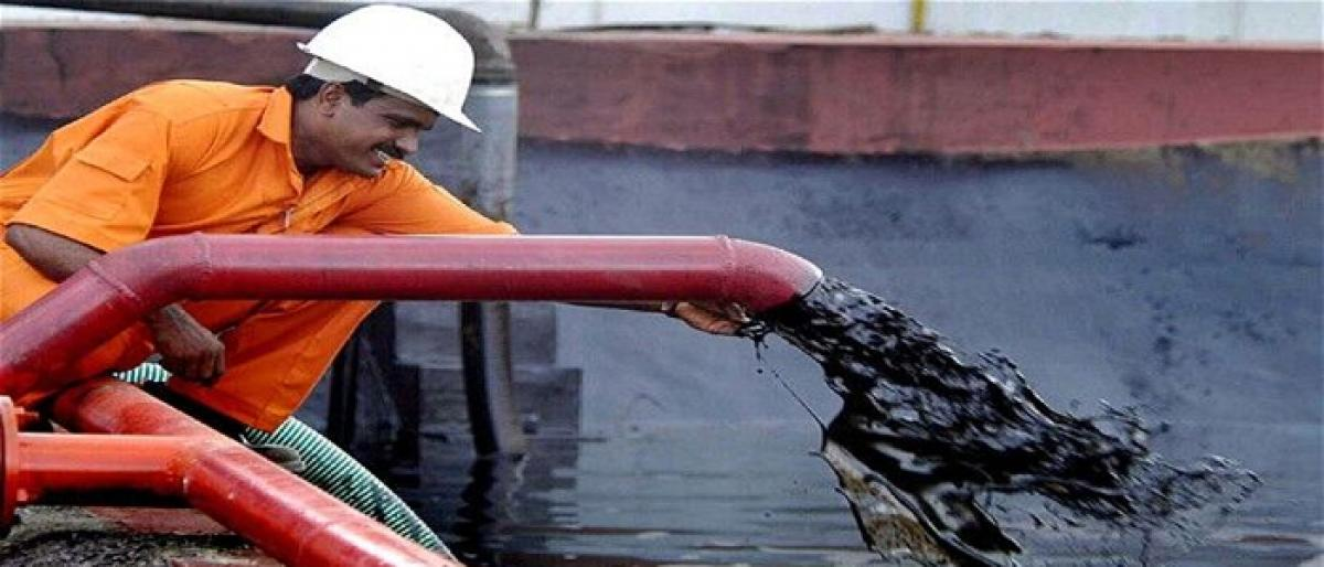 Brent oil slides to a 7-month low