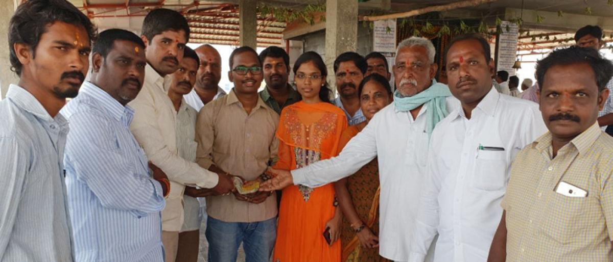 Brilliant MBBS student given financial assistance