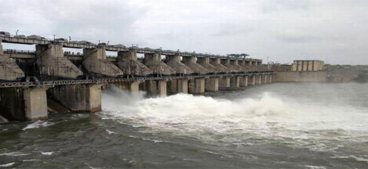 Glitch in Singur canal deprives farmers of paddy crop